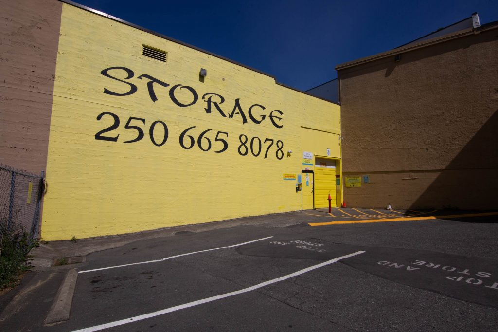 victoria storage, stop and store, front, building