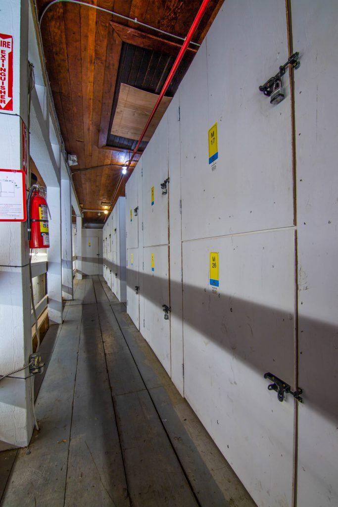 lockers, mini storage